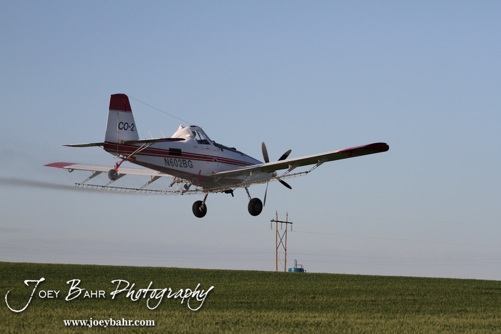how to fly a crop duster