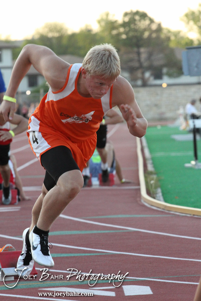 how to run a 400 meter dash